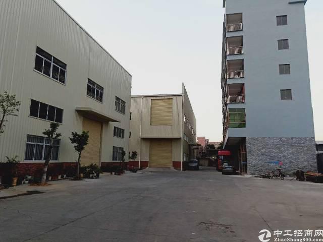 大岭山新出2000平家具厂房,超宽货梯