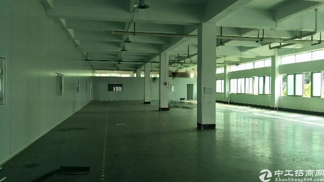 公明原房东厂房没公滩独门独院来到7000平方。