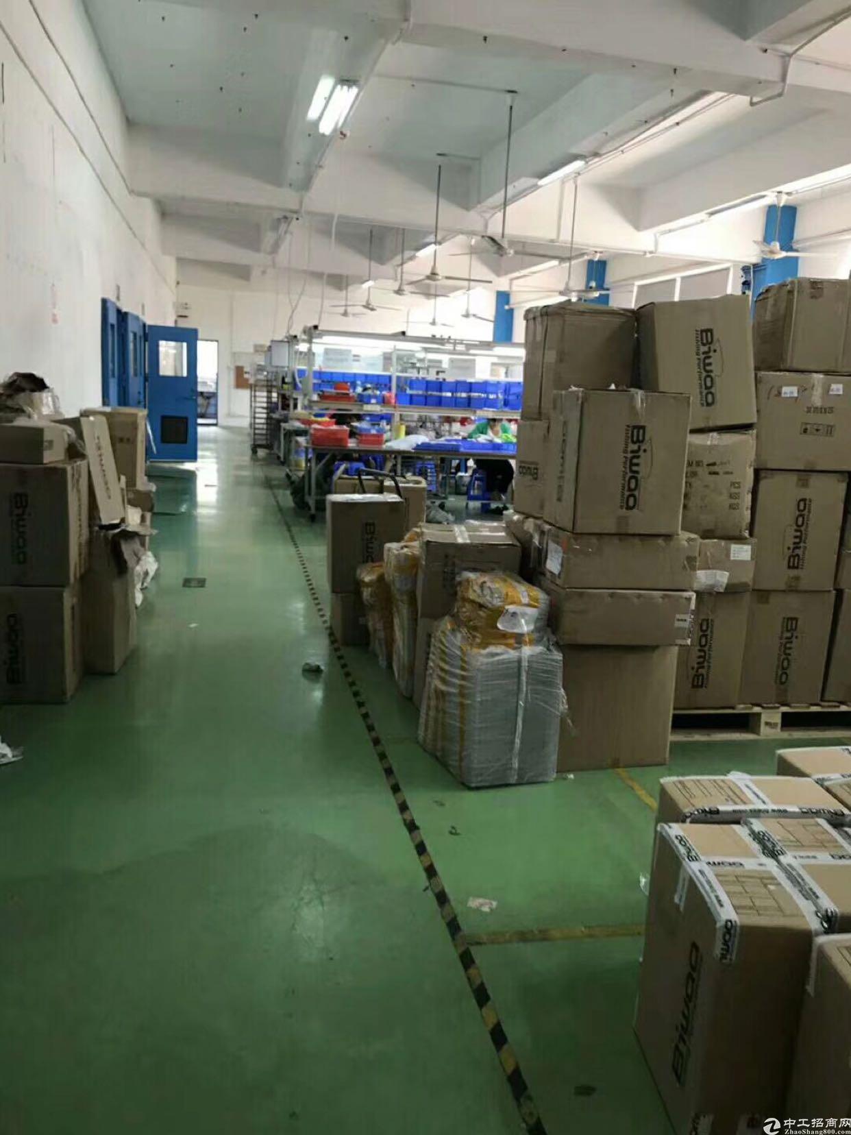 布吉丹竹头工业区新出1200平可分租