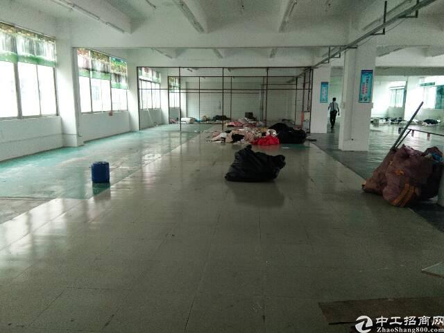 平湖富民工业区2楼1500平米厂房招租