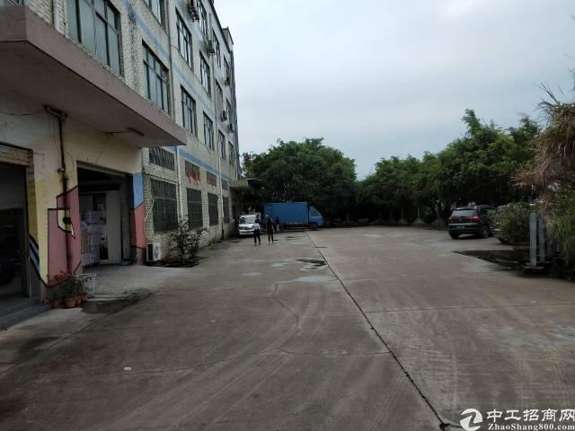 平湖华南城附近上木古工业区新出原房东厂房二楼1100㎡