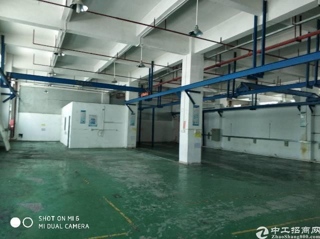 福永沿江高速口一楼1100平米注塑模具厂房出租有行车-图3