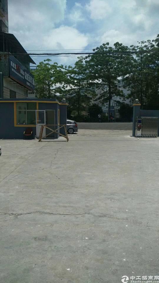 横岗安良社区村委独门独院厂房约5100㎡出租(大小分租)