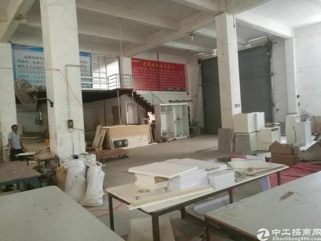 石碣标准厂房一楼1300平米,租金25000