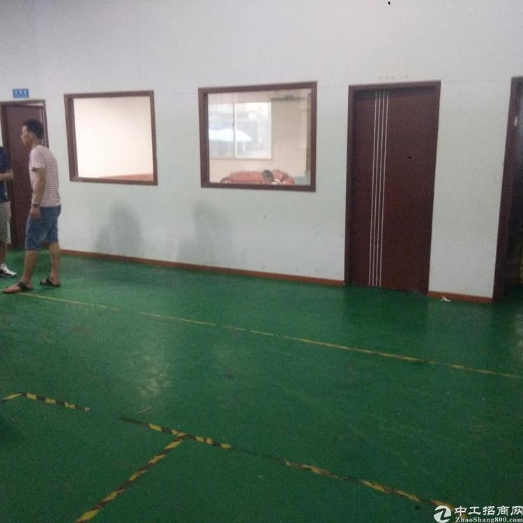 凤岗镇雁田工业区标准一楼厂房1200平方米带办公室出租