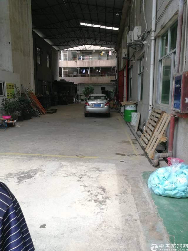 凤岗镇油甘埔工业区新出独门独院3楼钢构600平