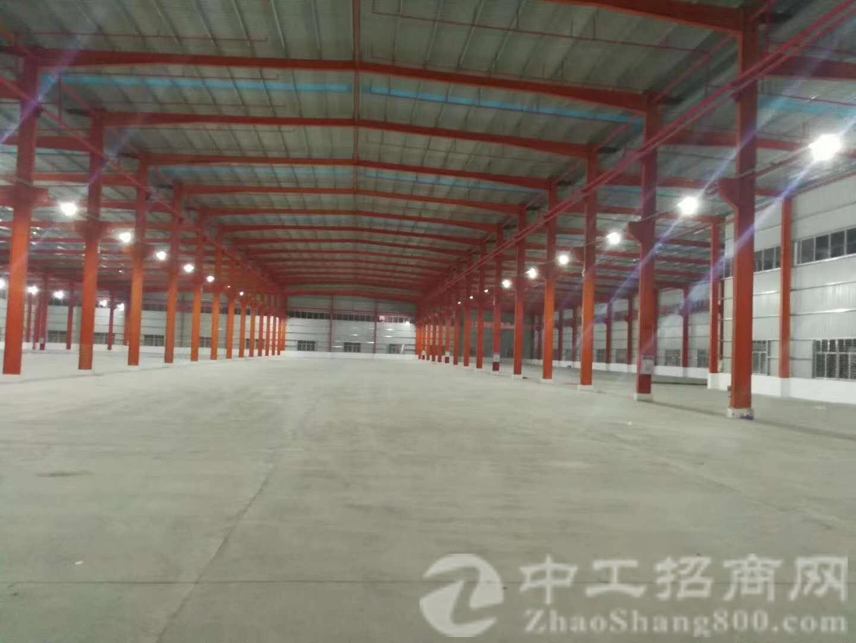 寮步镇新出单一层钢构厂房6000平方低价出租,形象好价格优惠