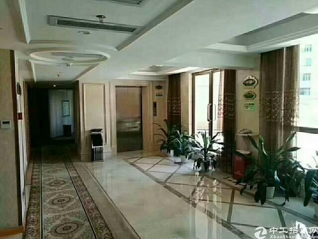 深圳龙华维也纳酒店转让5800平带装修