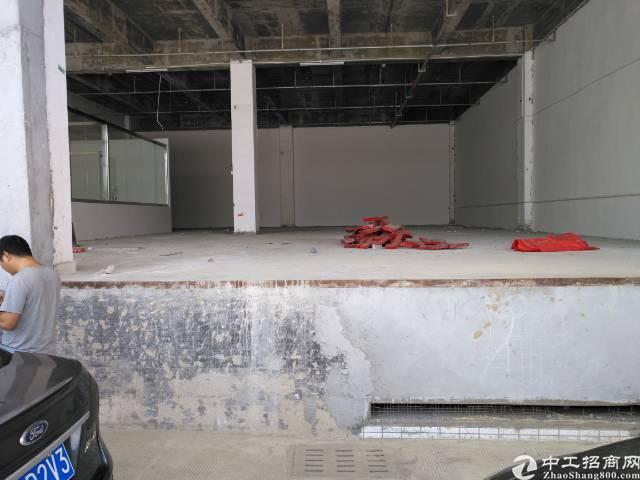 凤岗高速路口边专业仓库