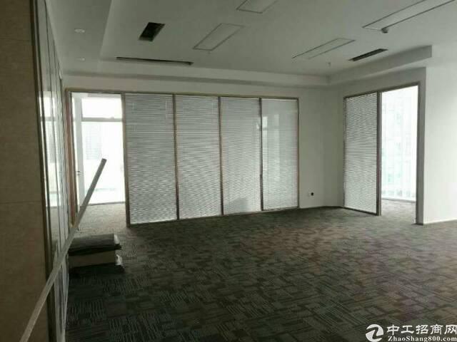 宝华地铁口卓越大厦高区写字楼202平米看海景