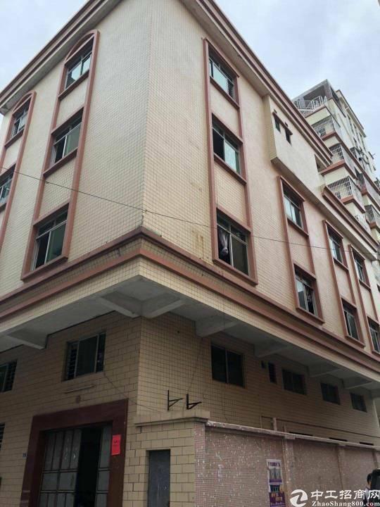 茶山镇卢边小独栋厂房转租按原合同转面积约600平