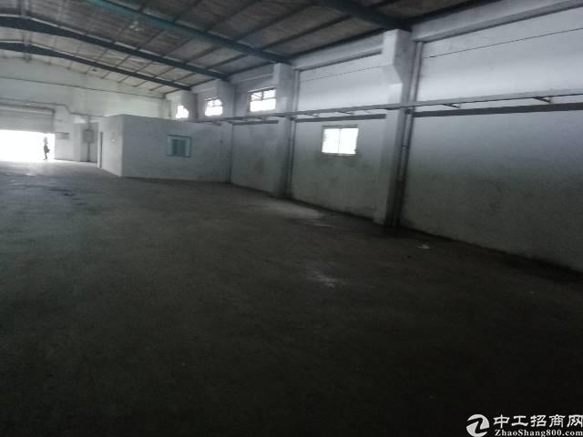 坪地原房东独院钢构厂房2000平米出租,面积实量