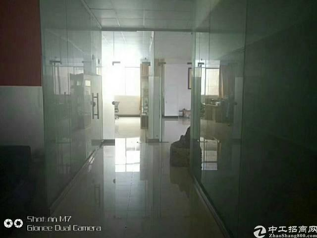 福永地铁口新出楼上装修厂房800平
