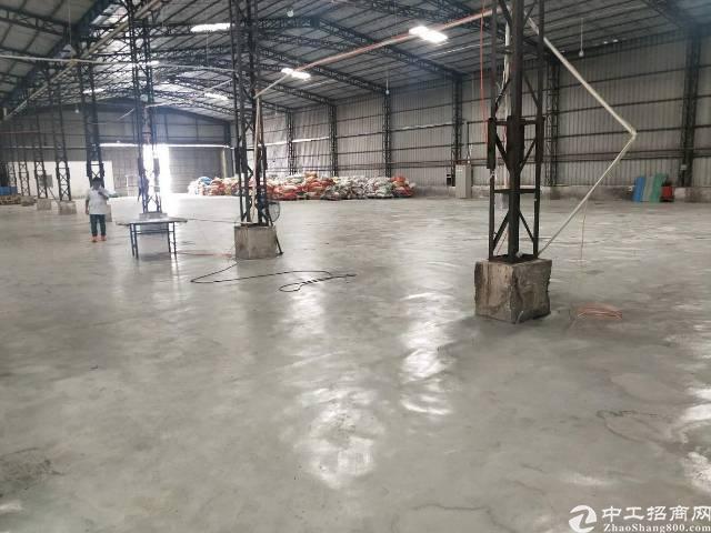 寮步镇2000㎡独院单一层钢构厂房