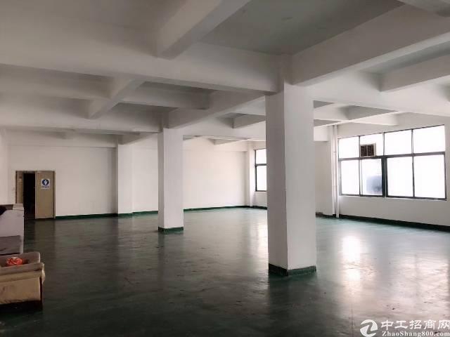 西乡桃源居附近新出楼上680平厂房出租