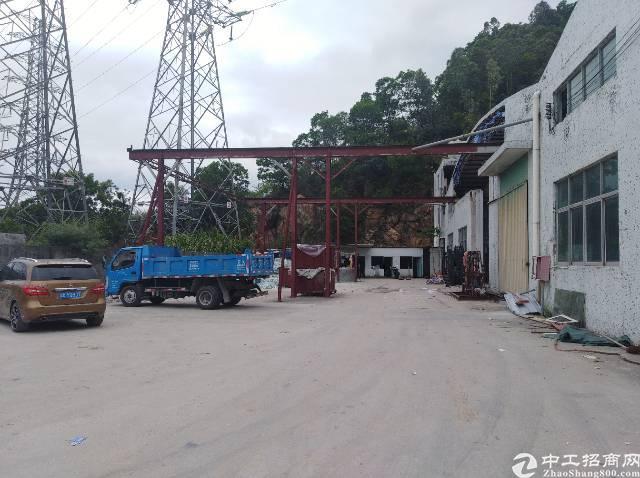 横岗水官高速出口单一层仓库钢构4800平方米招租