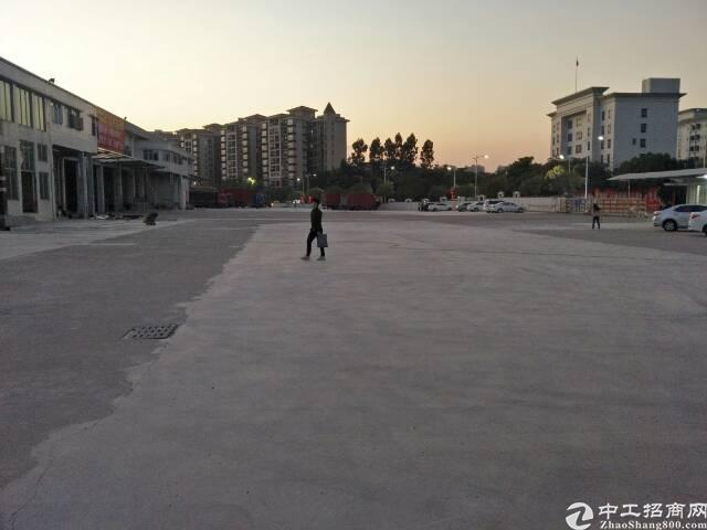 清溪高速路出口10000平米物流仓库