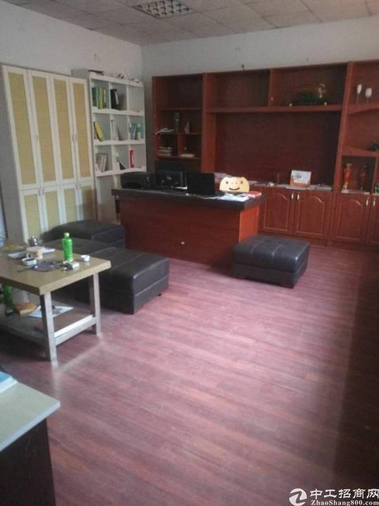 石碣新出厂房实业客分租一楼350平米,租18块,层高6米