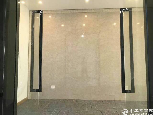 宝安地铁口小面积170平米精装修出租