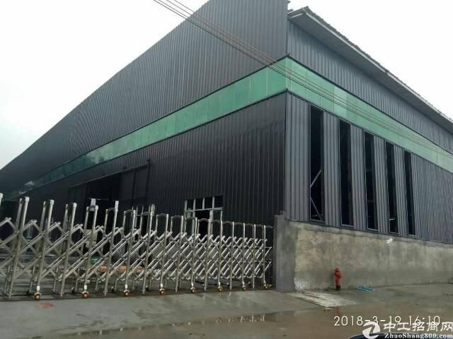 大岭山大片美新出独门独院厂房9000平米,宿舍2600平米