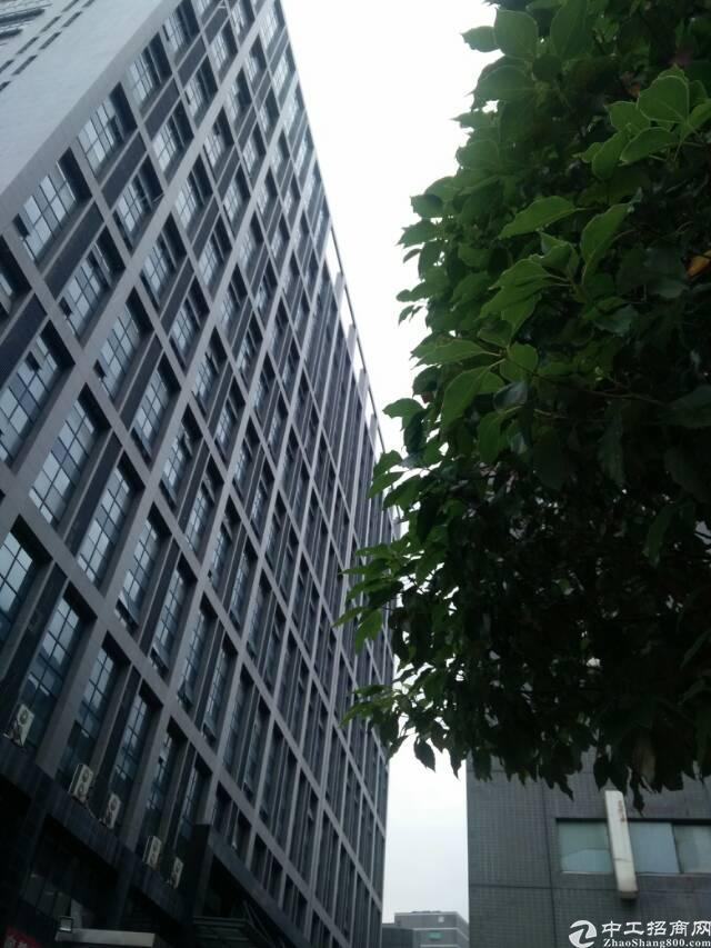 石岩北环楼上1000㎡原房东精装修厂房无需转让费25/㎡出租