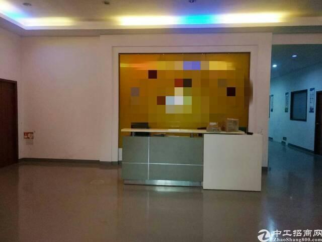 福永107国道边新出楼上整层1400平方带装修厂房