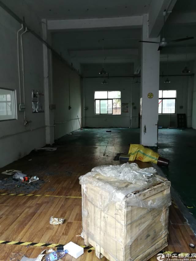 横岗安良一楼面积400平米厂房招租