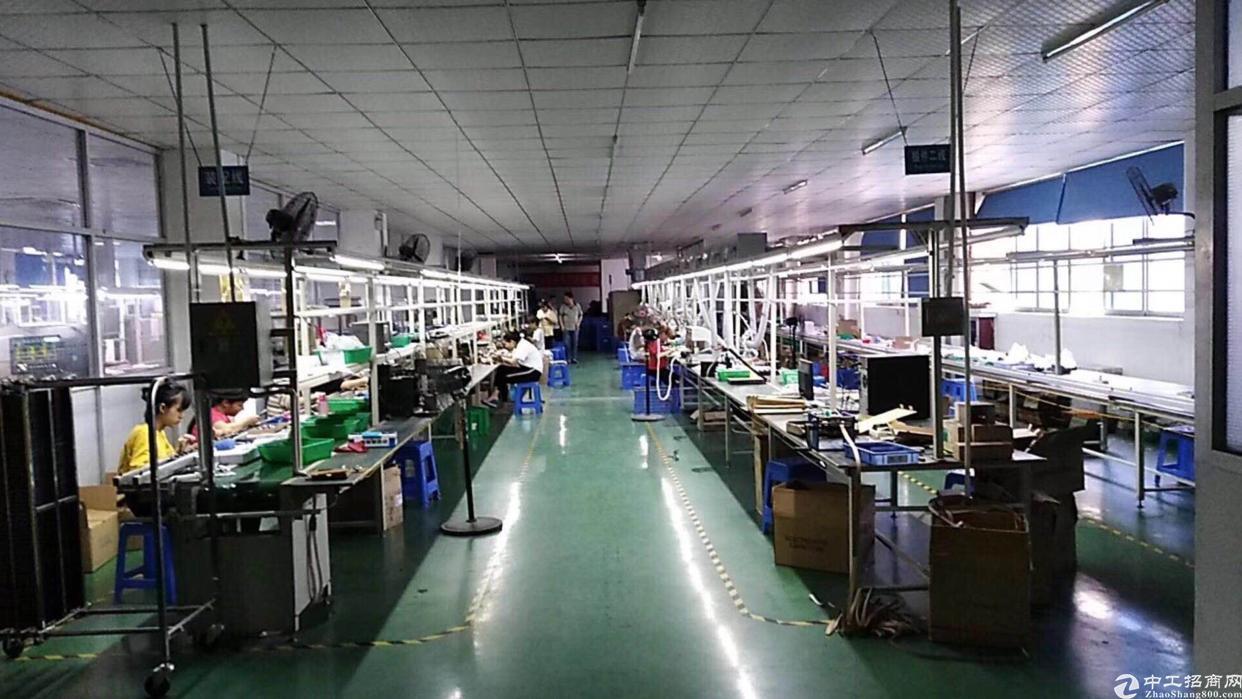 观澜汽车站附近新出原房东带装修厂房1500平