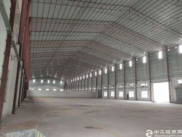 东城区单一层厂房4000方独院,原房东,价格20。