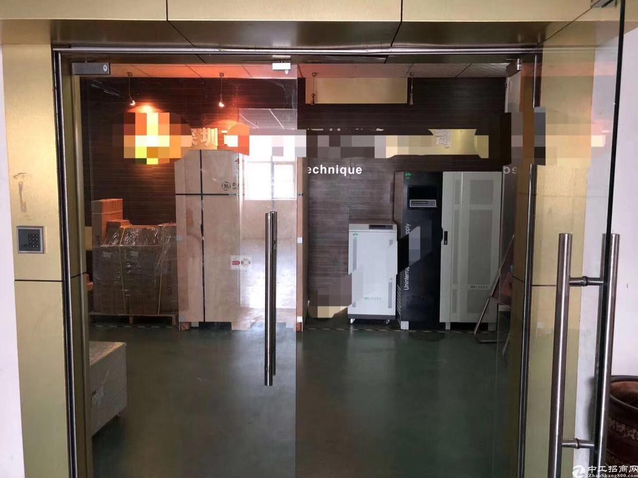 龙华大浪商业中心附近1500平精装修厂房出租,实用率8成