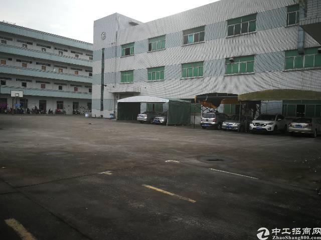 石水口工业区分租楼上3300平米