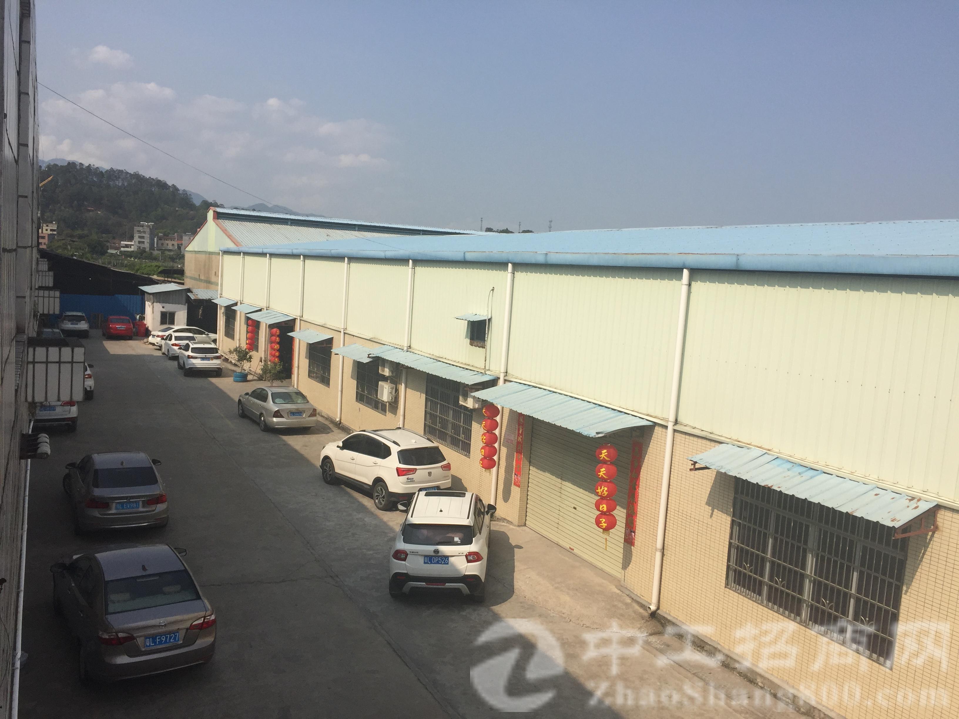 原CNC厂房2500平方米滴水8米招租