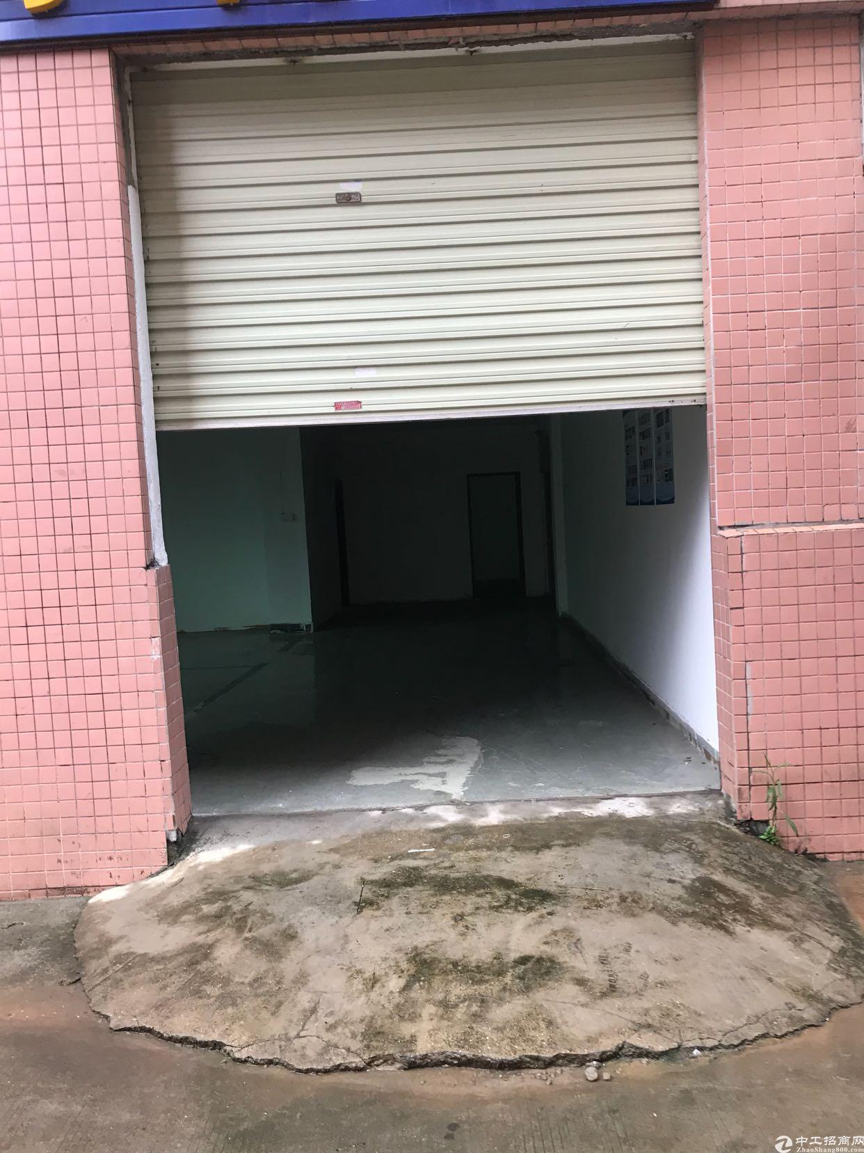 坂田杨美地铁口新出一楼200平方园区内空地大