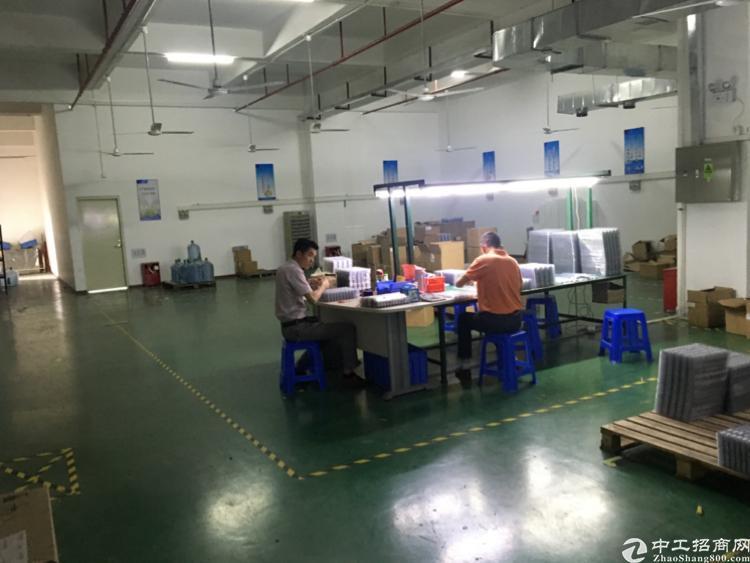 观澜福民原房东标准厂房,1楼1700平,带装修带消防喷淋,
