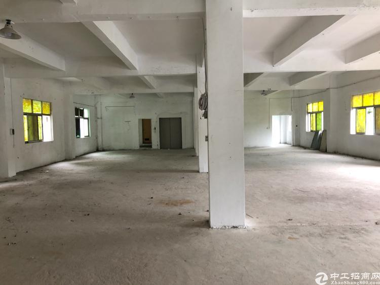 横岗安良独院1-3楼厂房出租、有电梯