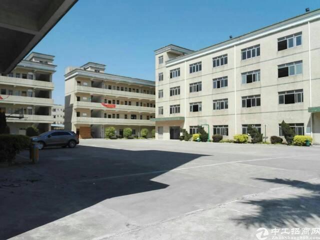 龙华新区8500平方红本独门独院厂房出售