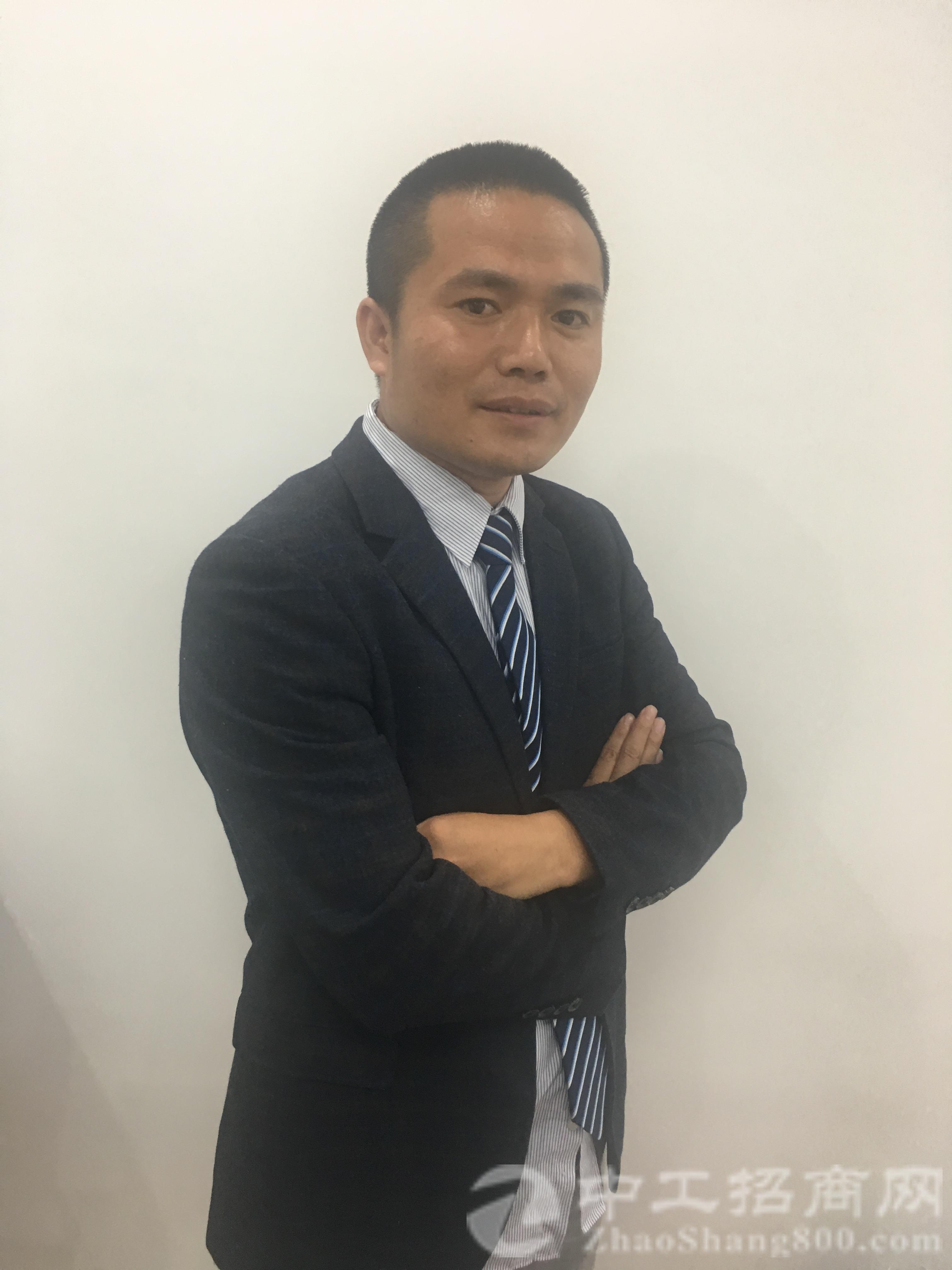 厂房经纪人韦宏
