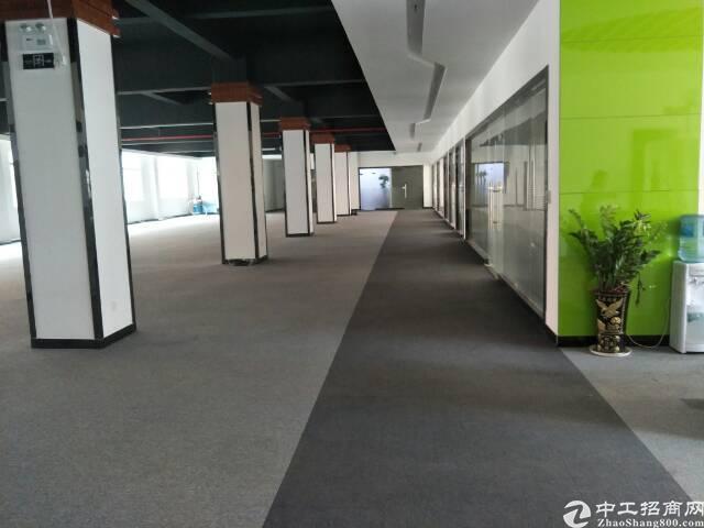 清溪新出2楼标准厂房675平米带精装修