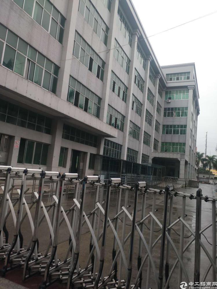 光明龙大高速口边红本独院厂房1-5层24000平