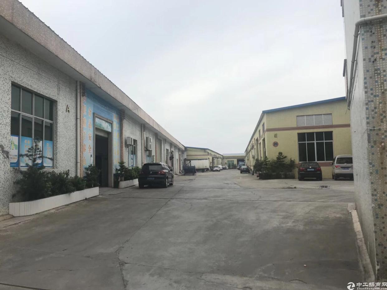万江新出工业园单一层厂房出租,高度够可架行车!