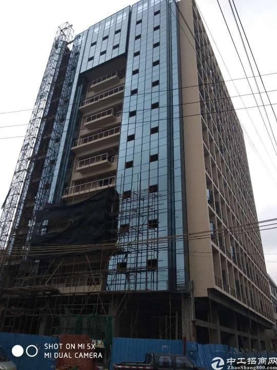 公寓整栋楼出租明包9000平方合同8年