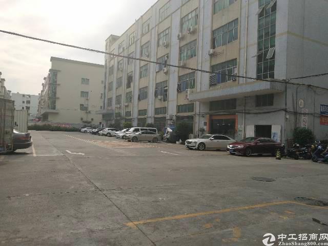 福永沿江高速口新出二楼700平方厂房出租