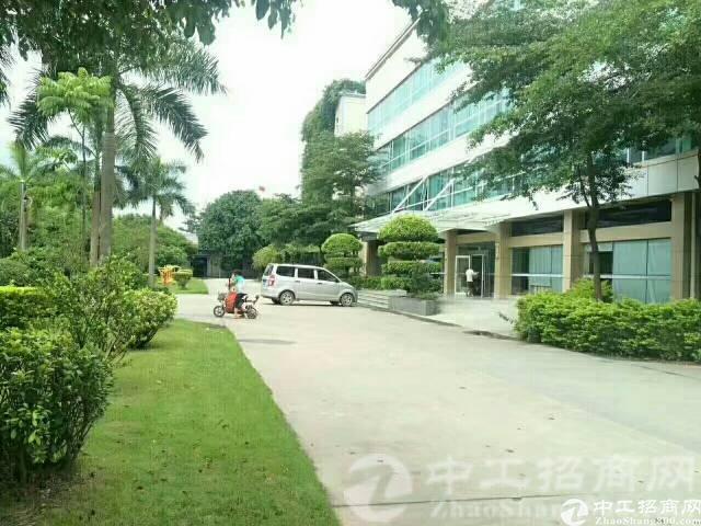 观澜花园式标准厂房二楼1400平出租,高速出口附近-图2
