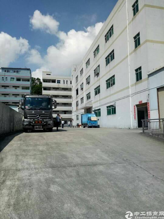 平湖华南城旁新出厂房独门独院7800平方