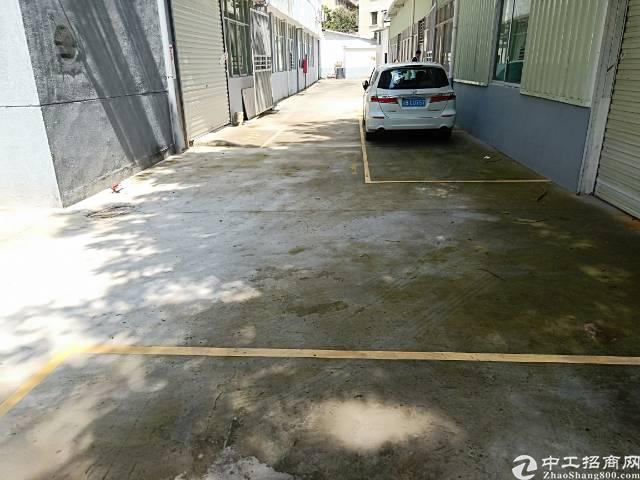 平湖华南城旁一楼250平方标准厂房出租
