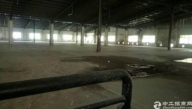 龙华清湖地铁口附近新出原房东厂房7000平方
