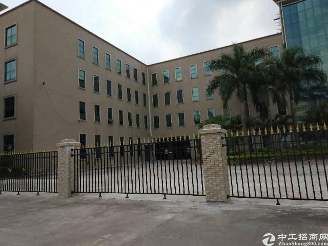 仲恺高新区潼侨镇大型工业园内一楼厂房招租2300平方米