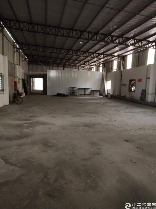 新出独院单一层钢构厂房2000平方