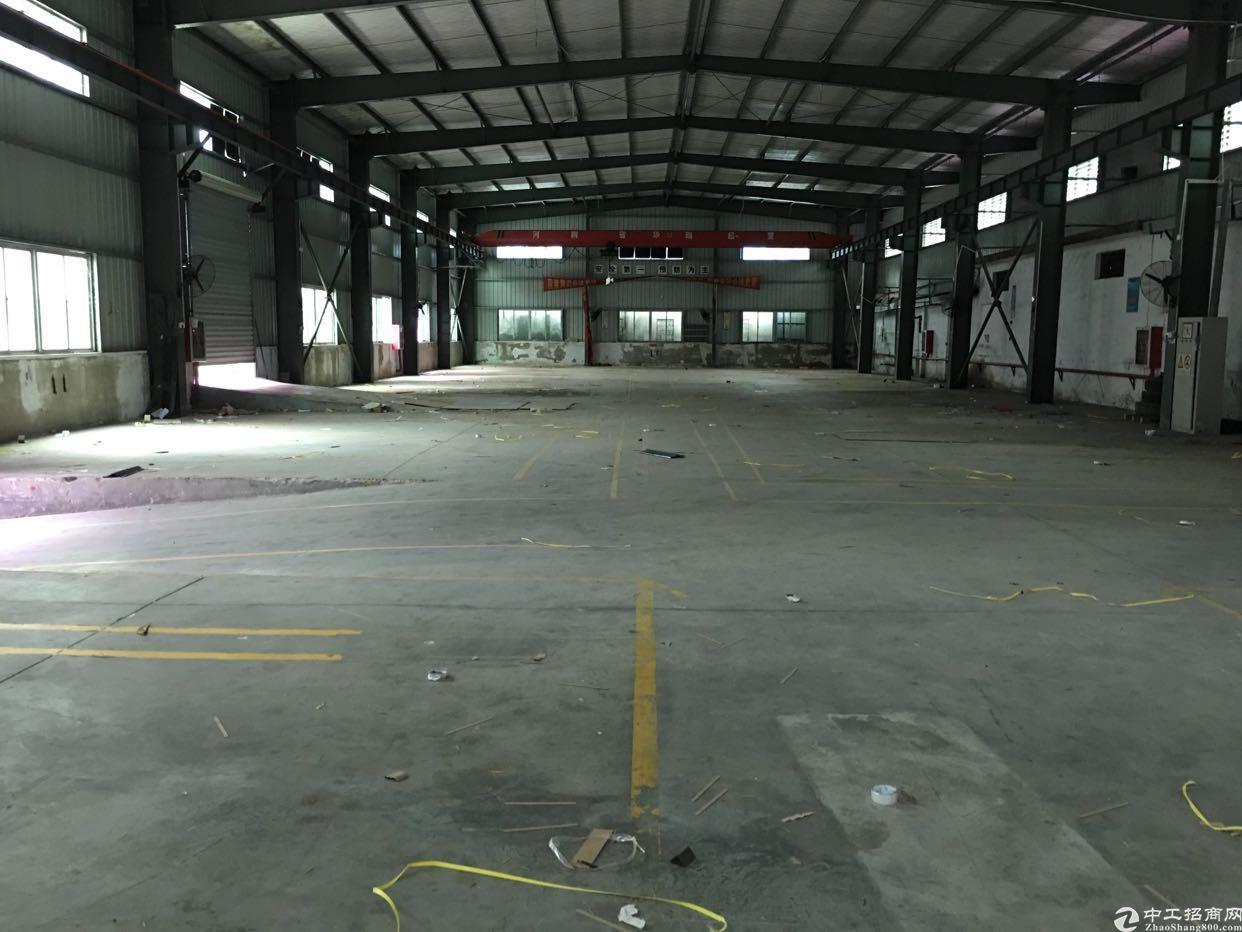 清湖地铁带卸货平台一楼1500平厂房出租