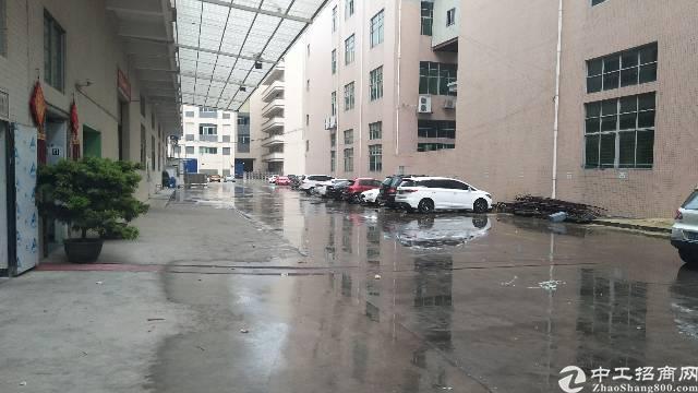 厚街家具大道附近三楼厂房2250平方米招租